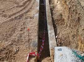 Egress method and sloping walls